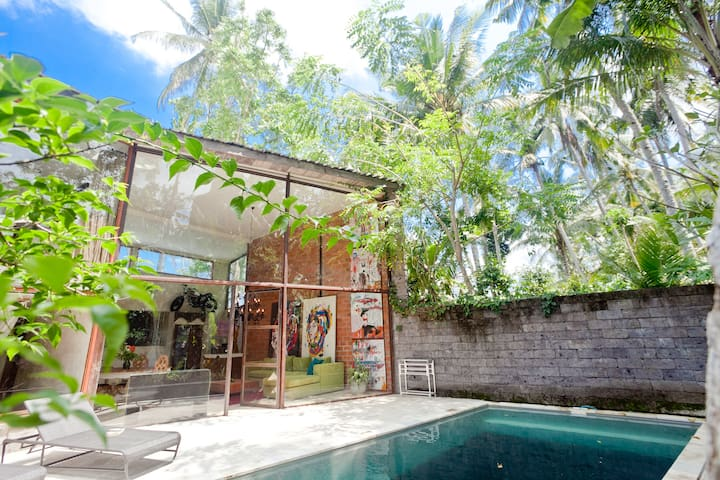 ❤ 2 BR Amazing Designer Villa With Private Pool ❤