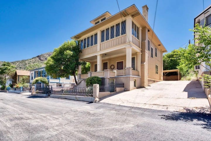 Historic Home in Old Bisbee