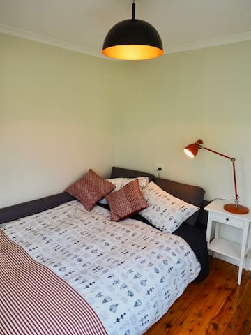 Which converts into a 3rd double bedroom