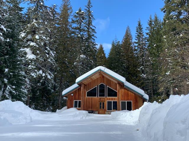 Log Cabin at Kachess Lake