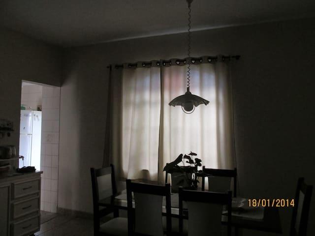 Aluguel de casa próxima ao Mineirão - Contagem - House