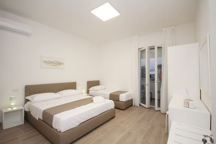 Max Residence B&B (Levante) - Racale - Bed & Breakfast