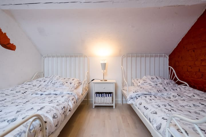 Cosy Attic Room near Belgian Coast - Leke, Diksmuide