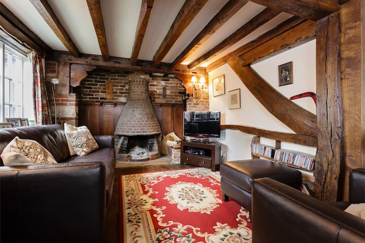 Charming thatched cottage nr coast  - Emsworth  - House