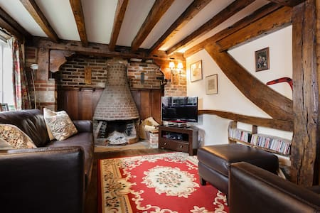 Charming thatched cottage nr coast  - Emsworth