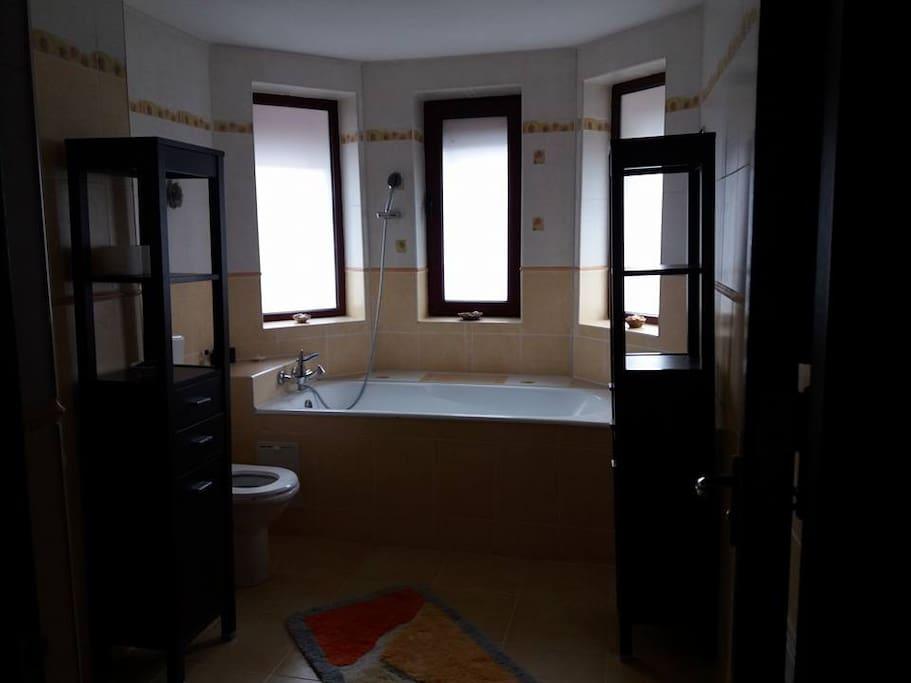One bath tub