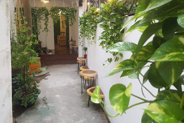 Cây homestay, Ba Đình district, an eco-homestay