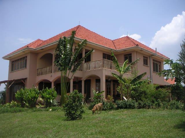 Stunning villa on top of the hill - Kampala - Rumah
