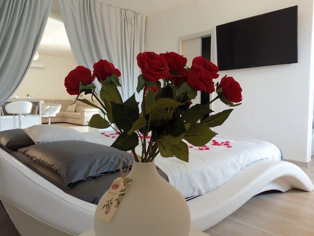Romantic open space Appartement - Luna