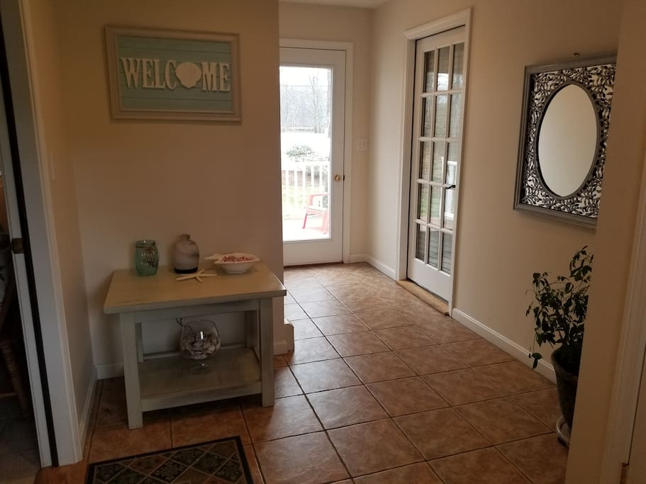 Private entry way