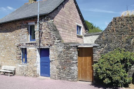 Holiday cottage with 2 bedrooms on 86m² in Mauron