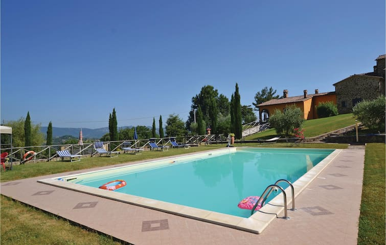 Holiday apartment with 2 bedrooms on 60m² in Citta´di Castello -PG-