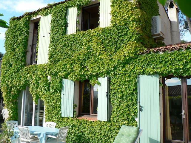 Maison avec piscine Côte d'Azur - La Gaude - Casa