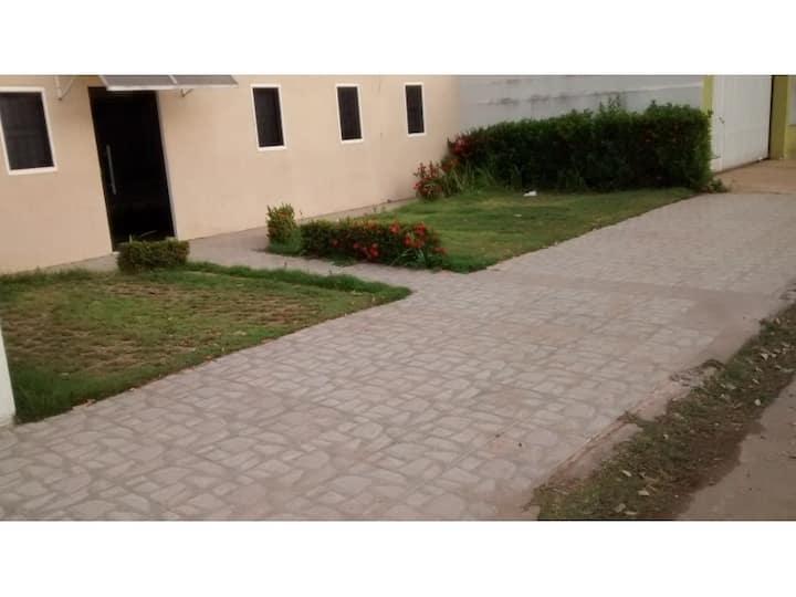 Casa próxima a Arena Pantanal