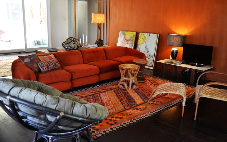 Eclectic designer home - 3 bedrooms - Los Angeles - Villa
