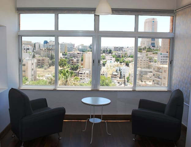 City view furnished apartment - Amman