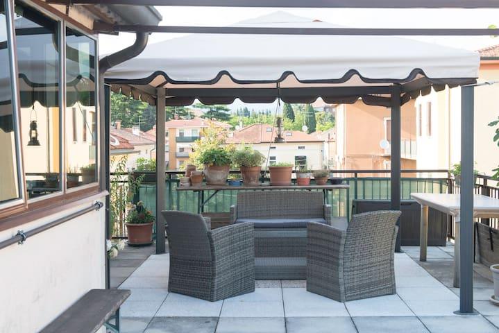 Woss' Mansion Verona