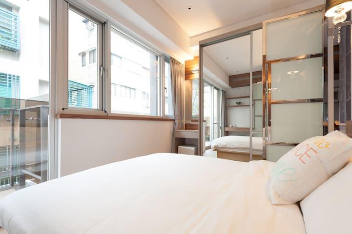 Lovely 1 bedroom-2B