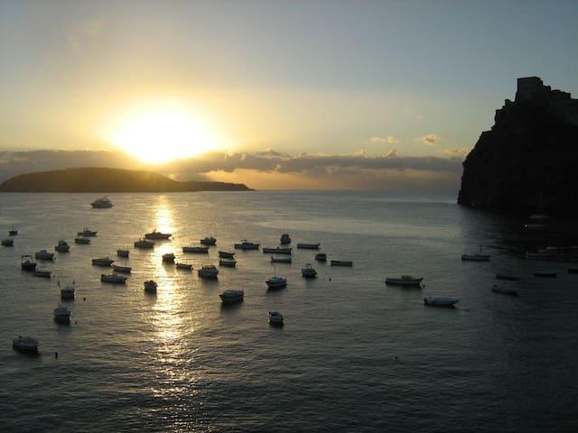L'alba dalla casa - Dawn from my home - Lever du soleil de la maison