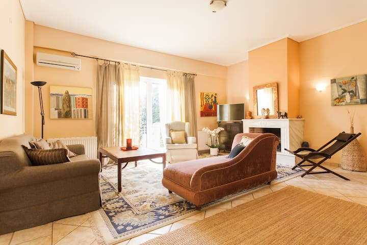 Cozy apartment in Kifisia
