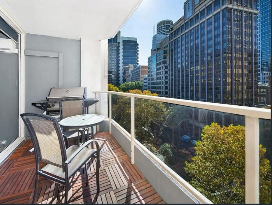 Sydney CBD Two Bedroom Apartment - Apartments for Rent in ...