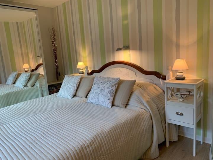 Eutingen, 2 Zimmerwohnung im Grünen, sep.  Eingang