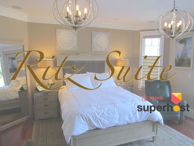 Luxe Ritz Suite Spa Retreat with self check-in/out