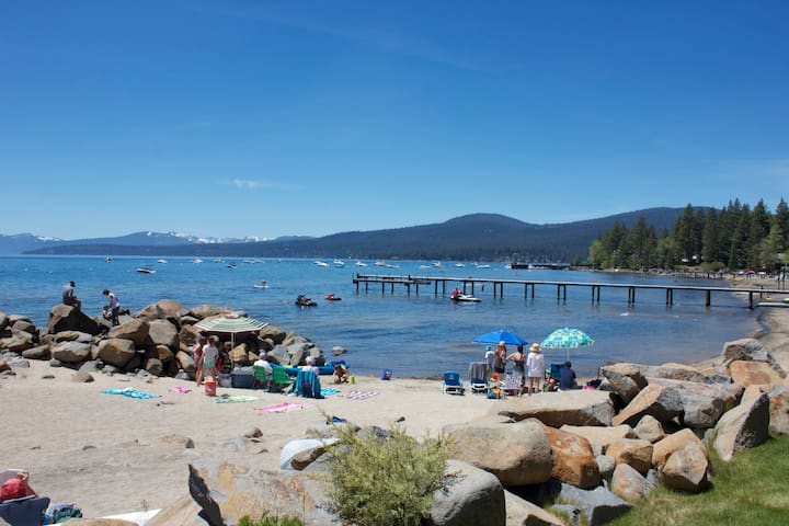 Beach Front Large 1 bedroom Condo   - Tahoe Vista