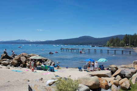 Beach Front Large 1 bedroom Condo   - Tahoe Vista - Apartment