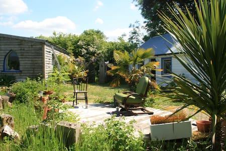 River Cottage // Rural Retreat & Artist Studio - Manorhamilton - House