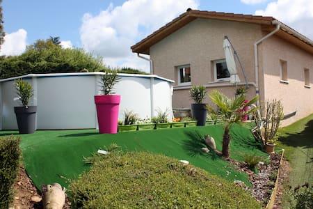 Villa avec piscine privée & billard - Revel-Tourdan - House