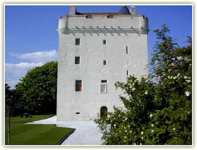 Ayrshire Castle - West Kilbride - Haus