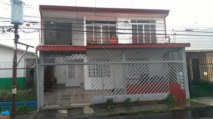 Confortable and secure flat near downtown.