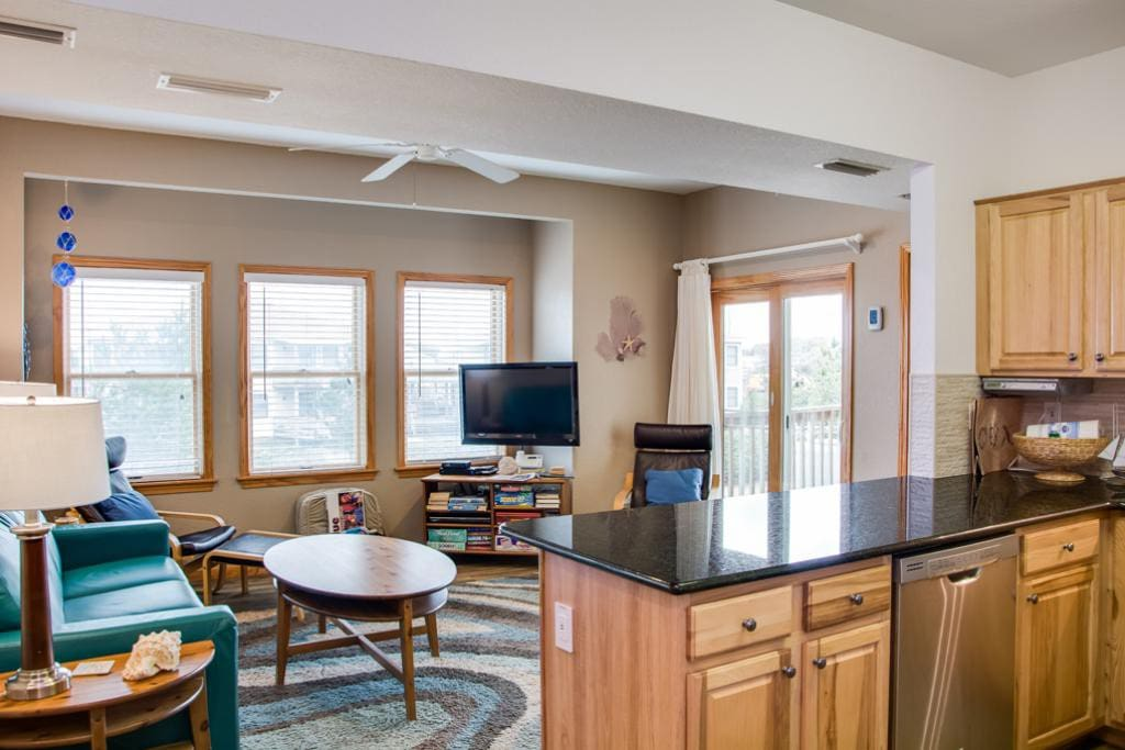 HR103:  Salmon Shores   Kitchen Area to Living Area