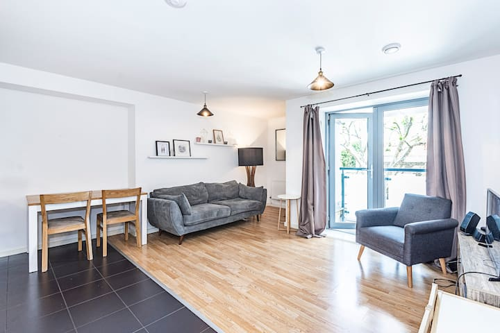 Lovely double room in modern shared apartment