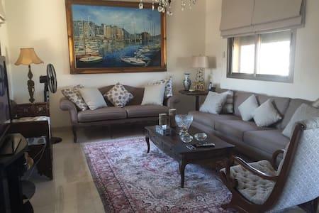 3 bedroom seaview stunning home - Beirut  - บ้าน