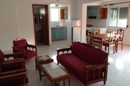 Rhodes Family Rest - Kremasti - Rumah