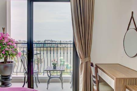Riverside - Studio Apartment @ Vinhomes Marina