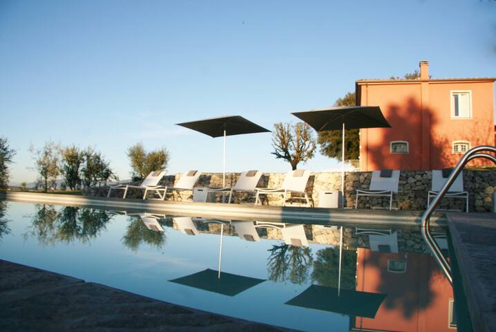 Villa Chic - Кортона - Вилла