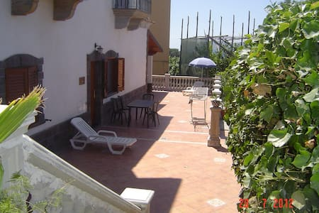Residence Villa Marzia two flat  10 beds - Schiazzano - Hus