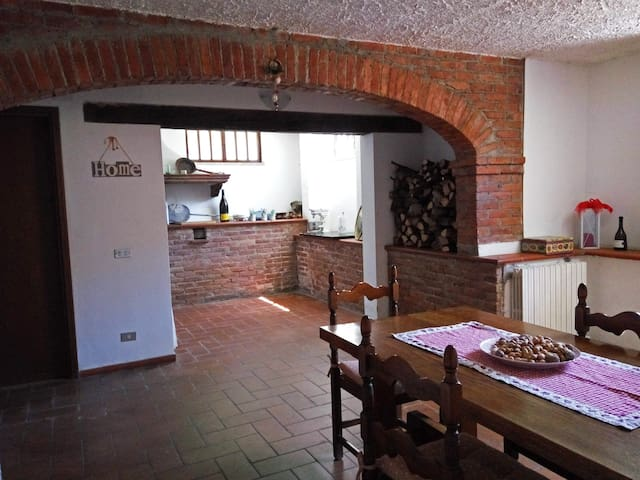 Penny's house, beautiful flat near Lucca