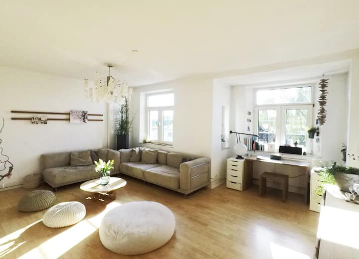 Three Bedroom-Apartment in Central Location
