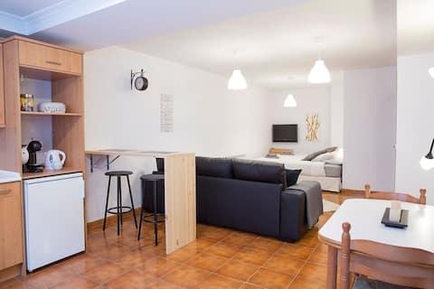 Apartament complet şi independent Tip spaţiu