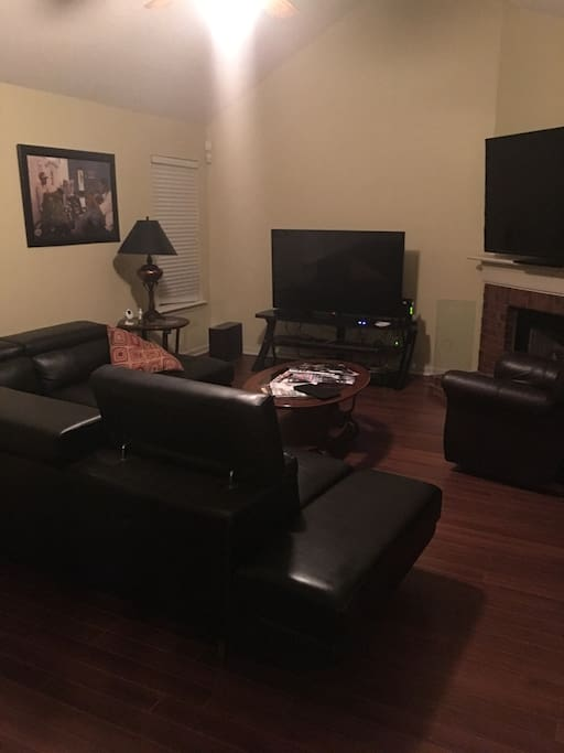 guess are welcome to feel at home and watch TV  and just be relaxed. Bring your ipad, or laptop wifi is available.