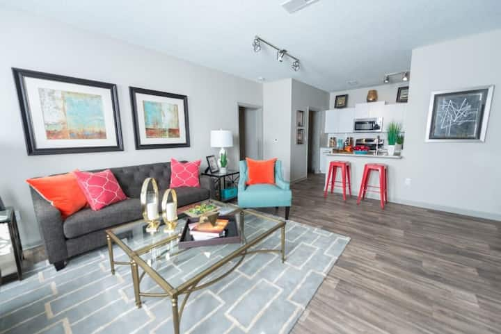 Professionally maintained apt | 2BR in Atlanta