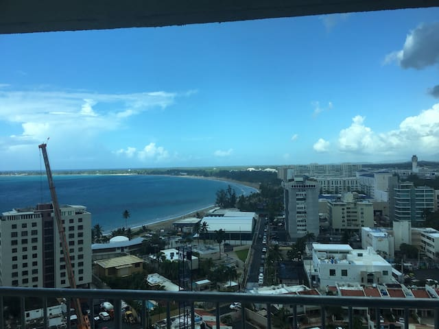 ESJ TOWERS  APT FLOOR 16 BEACH VIEWyr