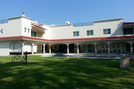 #4 Villa del Angel, Club de Golf Santa Fe, Morelos - Xochitepec