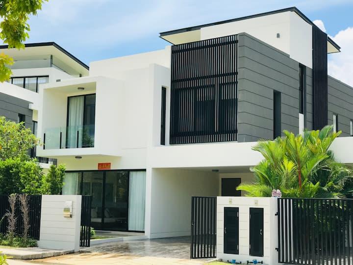 Laguna Park House adjacent to Laguna Phuket Resort