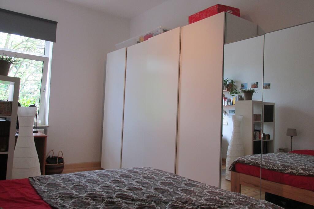Bedroom (spacious wardrobe)