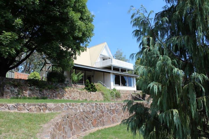 Historic Homestead 30m 2 Mayfield Gardens prc 8ppl
